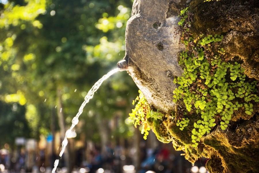 Viajar para a França, onde beber água de graça
