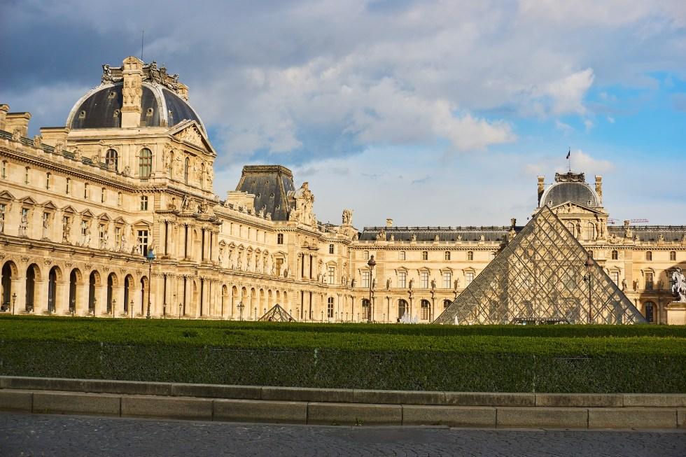 museus com entrada gratuita na França, Louvre