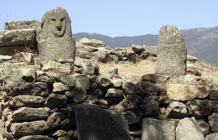 Megalitos em Sartène, Córsega
