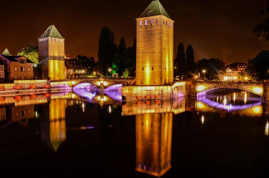 Entre as cidades francesas dignas de uma ou mais visitas está Estrasburgo, a capital da região da Alsácia