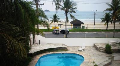 piscina-vista-praia-pousada-tortugas-praia-da-enseada-guaruja