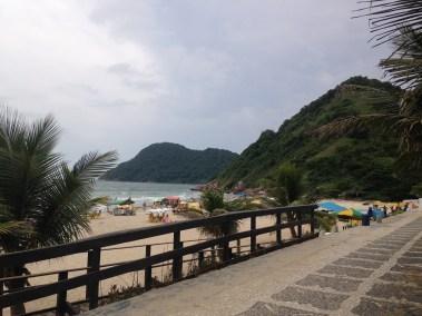 Vista da Praia do Tombo no Guaruja SP - Lado Esq - Praias do Guaruja