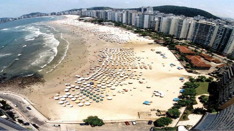 Hotéis na Praia de Pitangueiras no Guarujá
