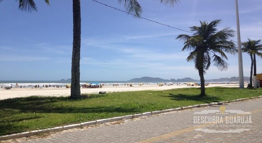 Orla da Praia da Enseada em Guaruja SP 2