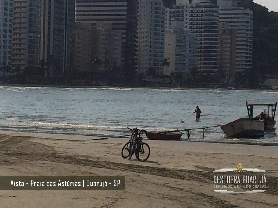 Conheça a Praia das Astúrias em Guarujá