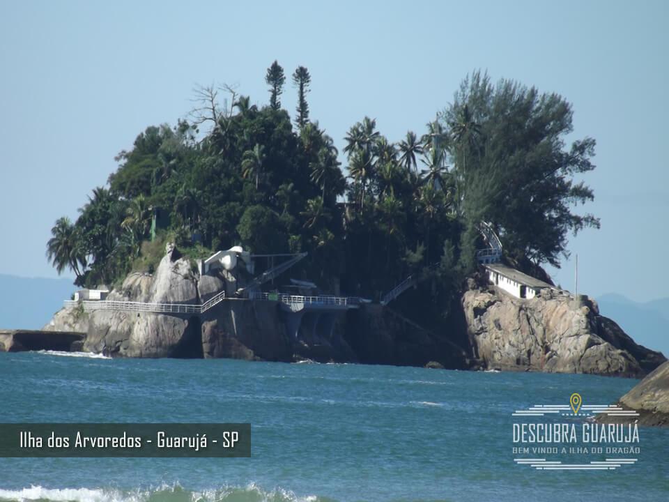Ilha do Arvoredos Vista da Praia de Pernambuco Guarujá