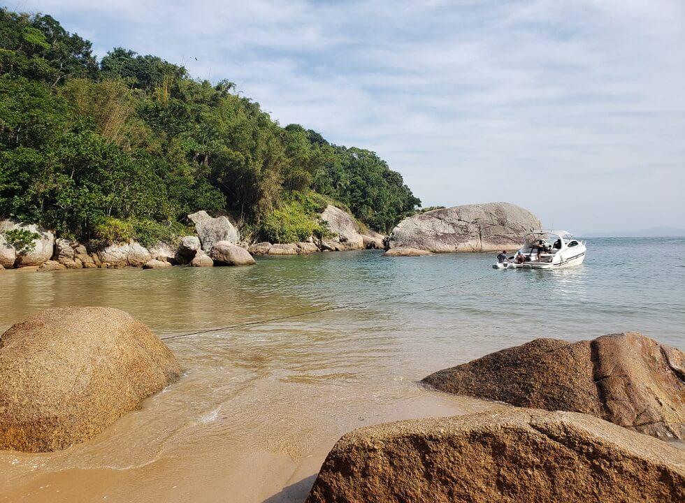 Passeios de Lancha Praias do Guarujá