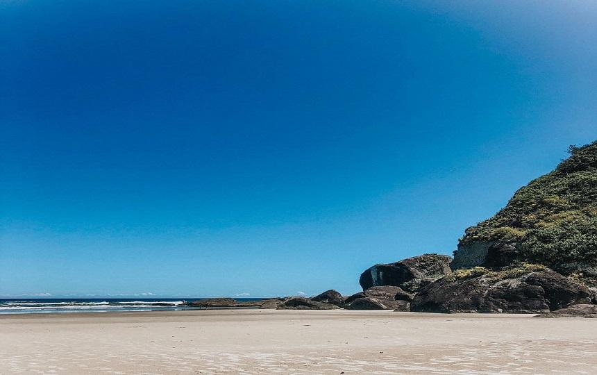Praia do Caramborê Peruíbe - Litoral SP
