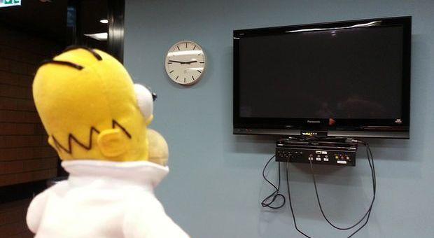 homer - Homer Robot con Arduino. Controla tu Smart TV con Homer Simpson