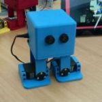 michaeljacksondancingrobot-150x150 Un robot acompaña a niños aprendiendo a escribir