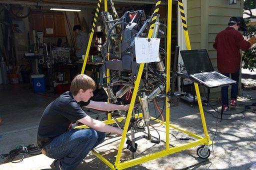 exoesqueleto arduino - Ajax, un exoesqueleto controlado por Arduino