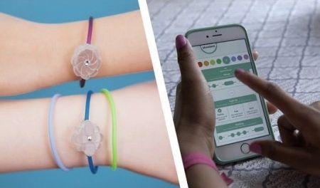 jewelbots2 450x264 - Jewelbots, una pulsera para enseñar a las niñas a programar