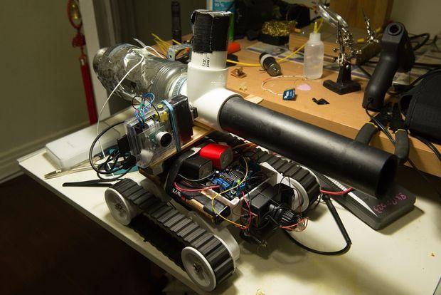 Crea un PiTank controlado mediante Web con Arduino y Raspberry Pi