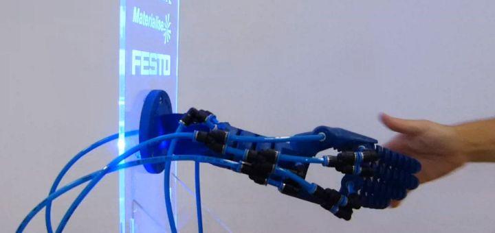 robotic hand - Un brazo robótico impreso en 3D que responde a gestos humanos