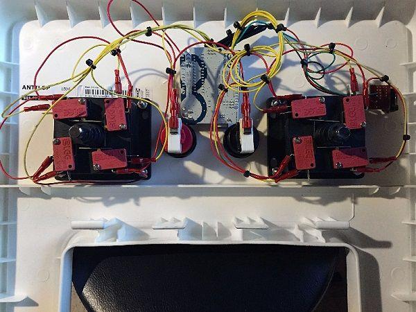 arduino trona 600x450 - Le pone música a la trona de su hijo con Arduino