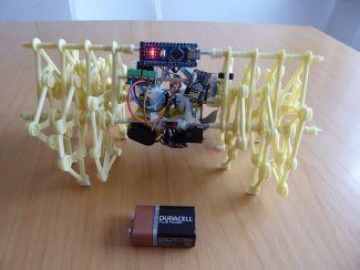 strandbeest-arduino-599x450 Construye un Mini Strandbeest controlado por Arduino