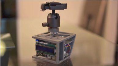 soportecamara - Soporte controlado por Arduino para hacer Time-Lapse