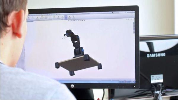 BCN3D-MOVEO1 BCN3D MOVEO, brazo robótico de código abierto impreso en 3D y controlado con Arduino