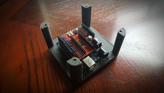 mano robotica1 - Aprende robótica y programación con esta mano robótica