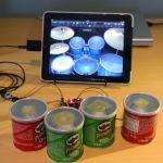 Convierte unos botes de patatas Pringles en una orquesta de baterías