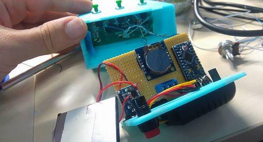 reloj-arduno-pro-micro2 Construye un reloj digital con aviso de temperatura con Arduino Pro Micro