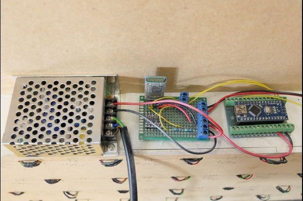 tabla de elementos3 - Construye una tabla de elementos interactiva y muy chula con Arduino Nano