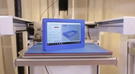 ordenador portatil impreso 3D 800x442 - Cómo imprimir en 3D un mini PC portátil