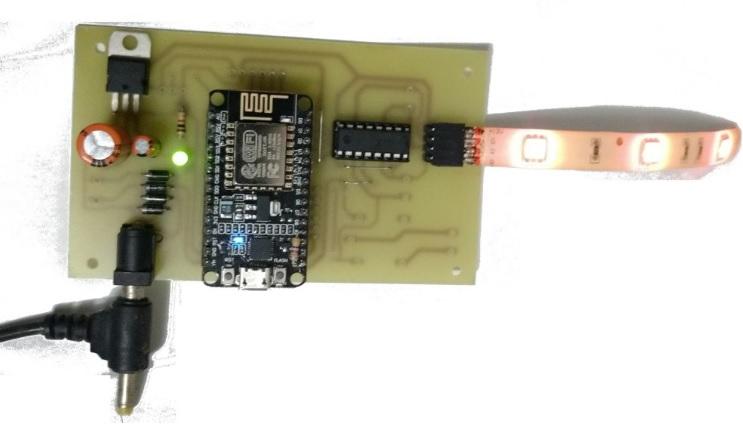 prueba leds y nodemcu - Cómo construir un controlador de tiras LED RGB usando ESP8266