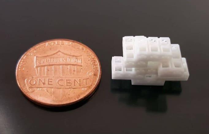 cubos del tamaño de una moneda - Inspirados por Lego, estos cubos impresos en 3D ayudan en la regeneración ósea.