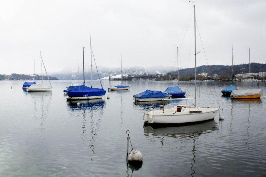 Barcas en el lago de Lucerna