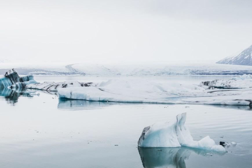 Laguna de Jokulsarlón en el sur de Islandia