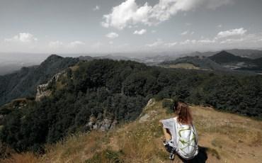 Anna en la cima del Puigsacalm, La Garrotxa