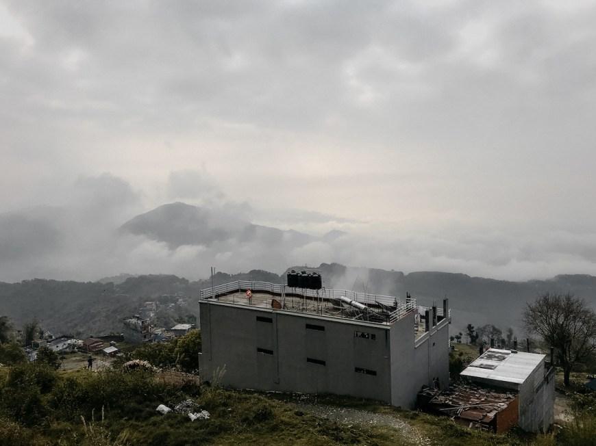 Vistas del Sarangkot y Pokhara des del balcón del hotel, Nepal