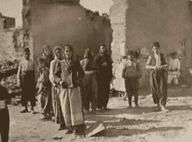 Un pueblo armenio saqueado y destruido después de las masacres de Adana en 1909. (Fuente: Wikimedia.)