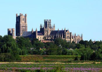 La catedral de Ely, una maravilla gótica cuyos orígenes datan del siglo VII. La construcción que conocemos es del siglo XI (Wikimedia).