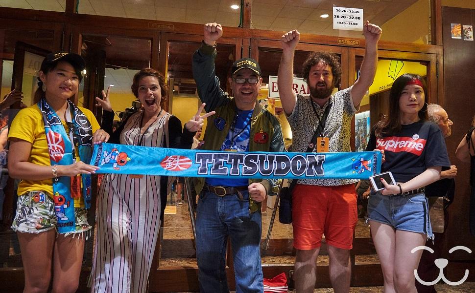 Photocall Tetsudon con Hoshino en el Fesntis 2018