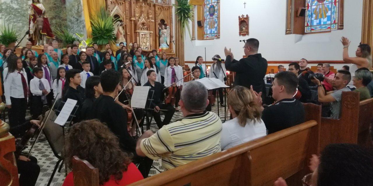 La misa criolla, concierto con el que inició la semana santa