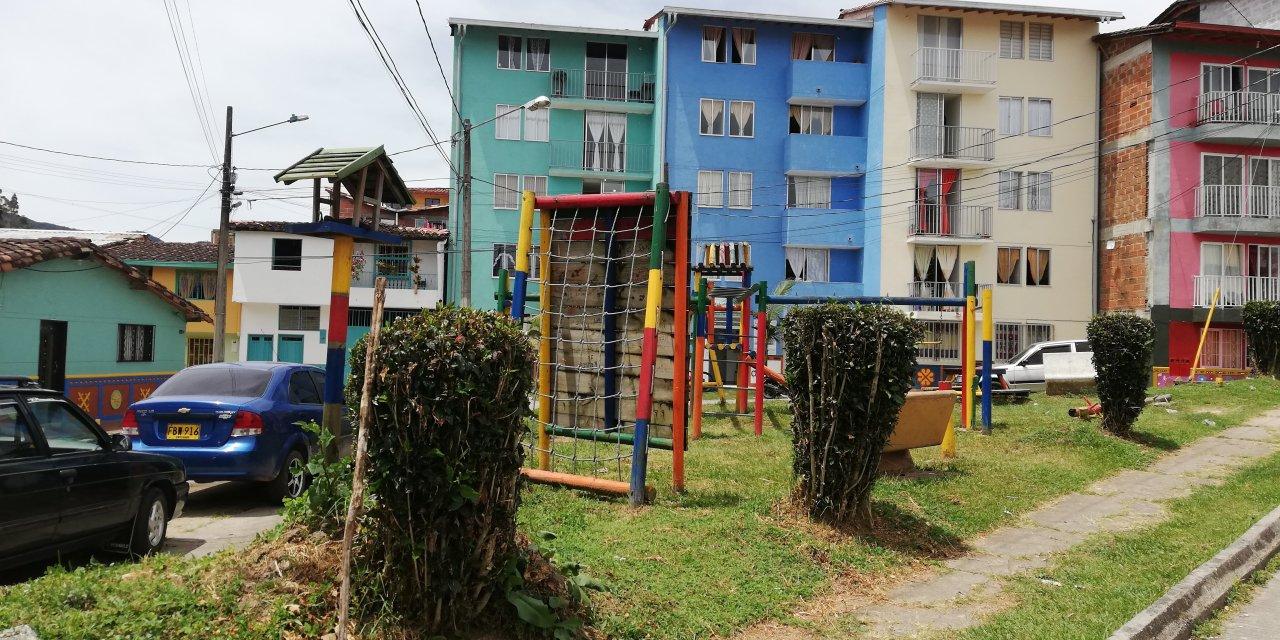Comunidad de San Vicente de Paúl se opone a la construcción del parque a la vida.