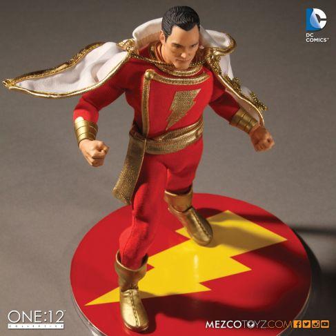Mezco-DC-One12-Shazam-008