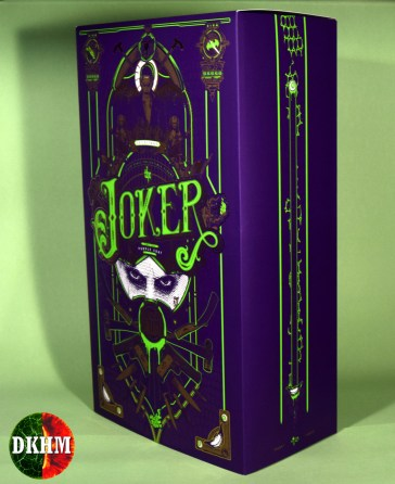 Hot Toys Joker Purple Coat (27)