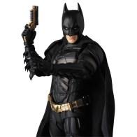 Medicom-MAFEX-The-Dark-Knight-Rise-Batman-Version-3-03