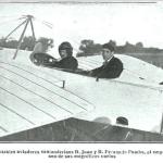 1914:los hermanos Juan y Fernando Pombo antes de emprender vuelo