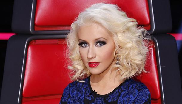 cabelos loiros platinados - christina aguilera - desejos de beleza