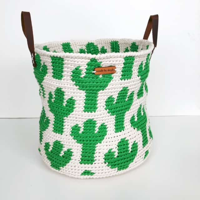 beginner's guide to tapestry crochet