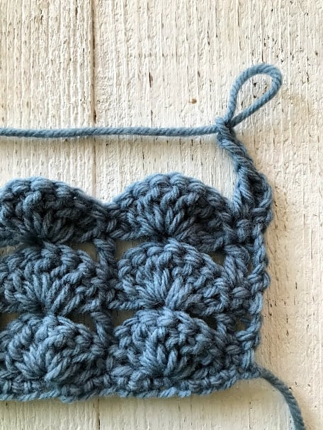 how to crochet the stacked shell stitch