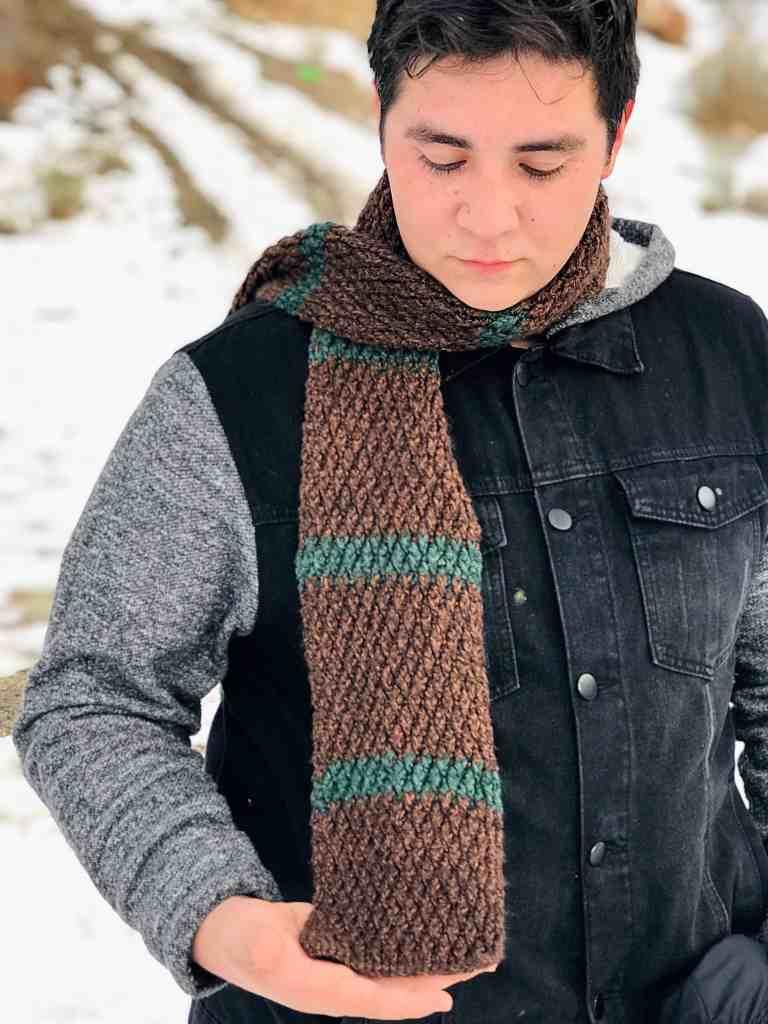 Alpine stitch scarf