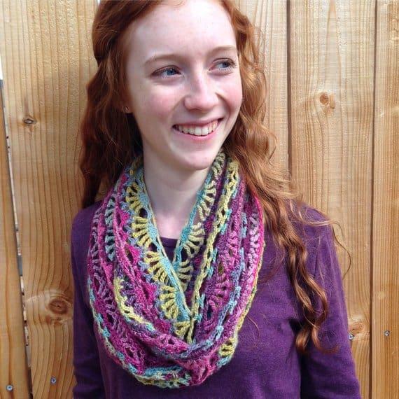One skein crochet infinity scarf