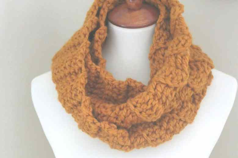 wool ease thick & quick infinity scarf