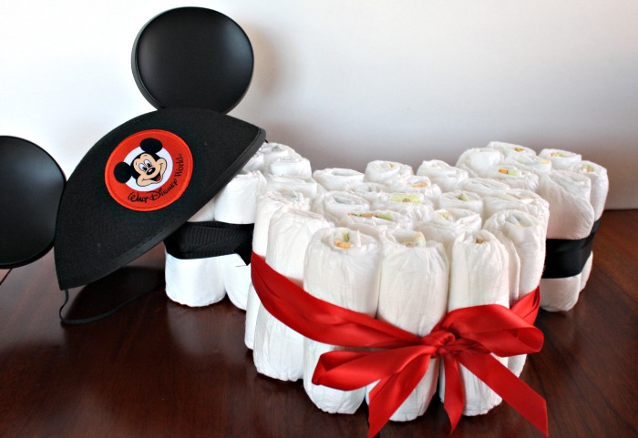 Mickey-Mouse-Diaper-Cake