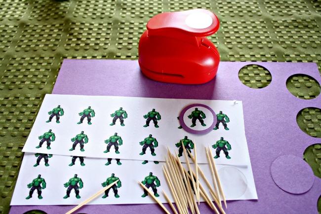 DIY hulk cupcake toppers